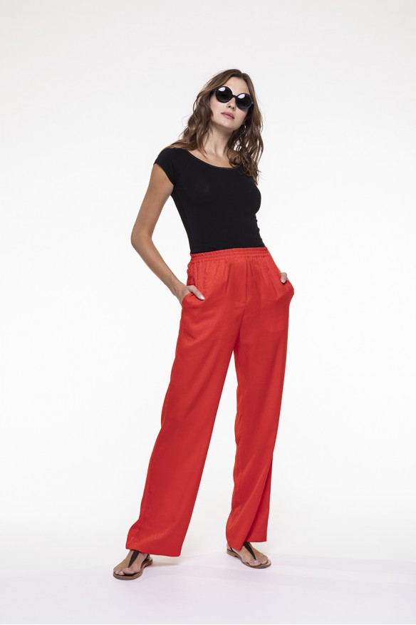 Poppy red fluid pants