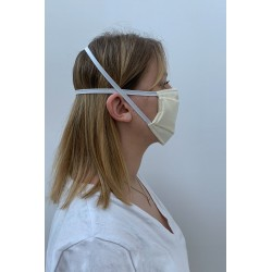 Packs of 2 ecru barrier mask with a slight stiped effect