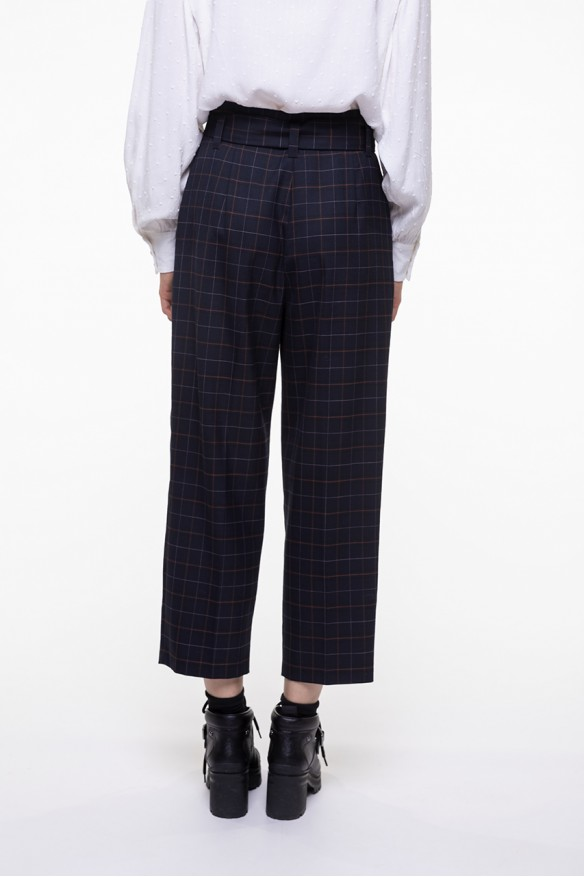 Navy checkered belted pants