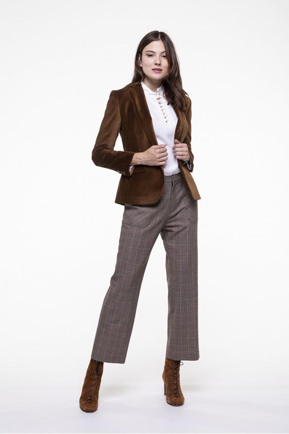 Beige checkered virgin wool blended shortened pants