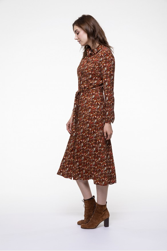 Floral printed kneelenght shirt dress