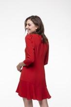 Robe rouge ajustée, col rond