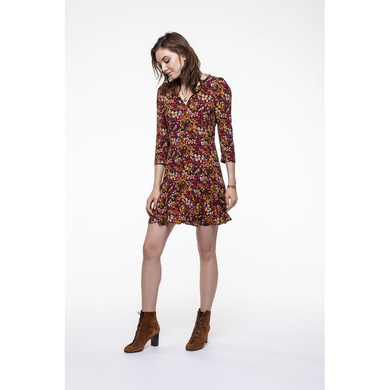 Colored floral printed fitted dress with round collar