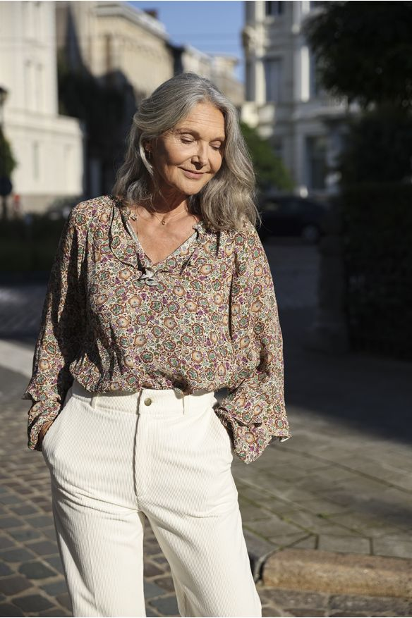 Off-white floral printed loose-fitted top