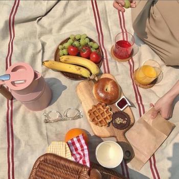 Wednesday vibes ... Un picnic entre copines !